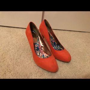Shoes - Peach Pumps